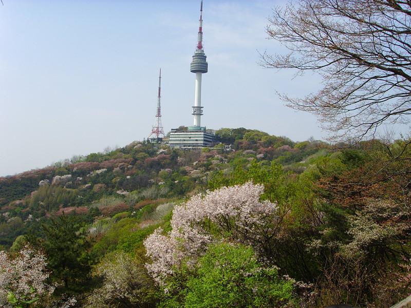 首尔,抵达后前往《来自星星的你》拍摄地【南山公园