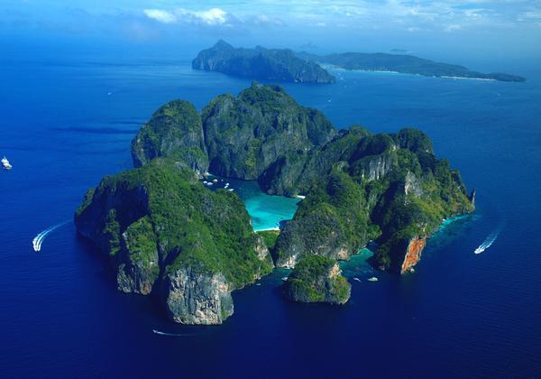 南昌出发普吉岛 攀牙湾 斯米兰群岛 蓝钻珊瑚岛双飞六