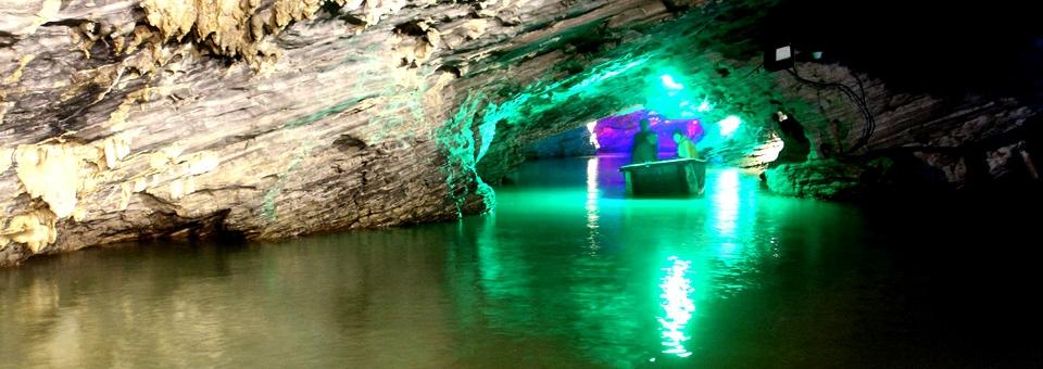 新龙宫洞、恐龙园、船游玉壶洞、情人谷激情漂流一日游